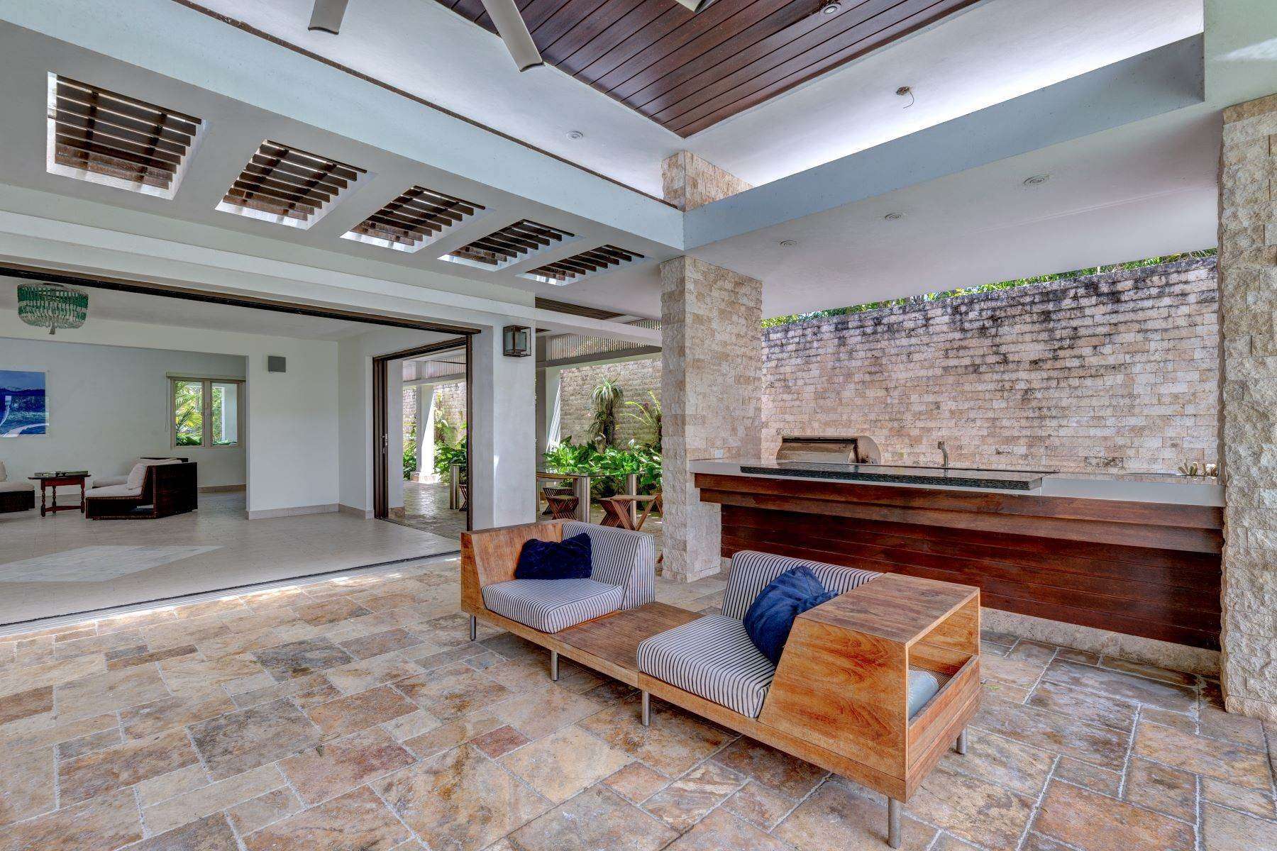 10. Single Family Homes for Sale at One of a Kind in Dorado Beach East 357 Dorado Beach East Dorado Beach, 00646 Puerto Rico
