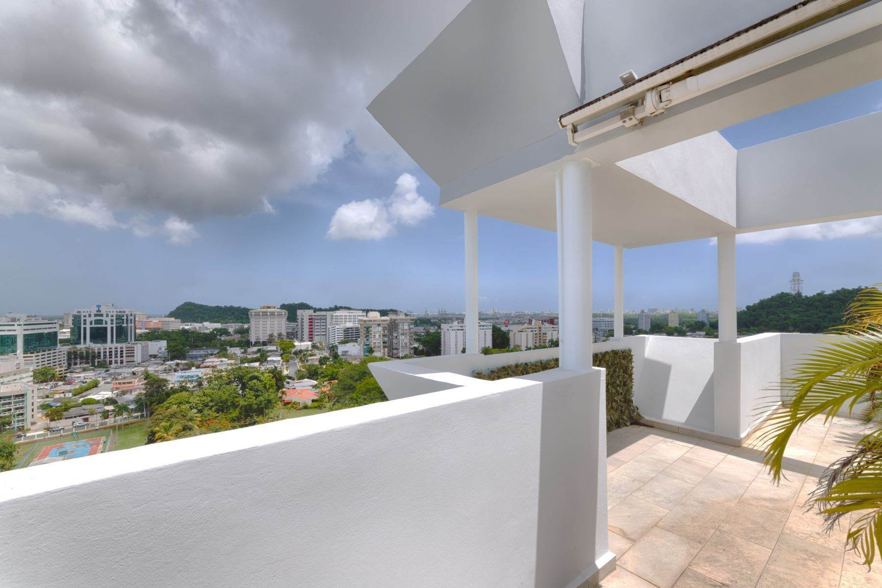 22. Condominiums for Sale at Stunning Duplex PH with Scenic Views in Portofino 5 Palm Circle St., Apt. 16 PH-A Guaynabo, 00969 Puerto Rico