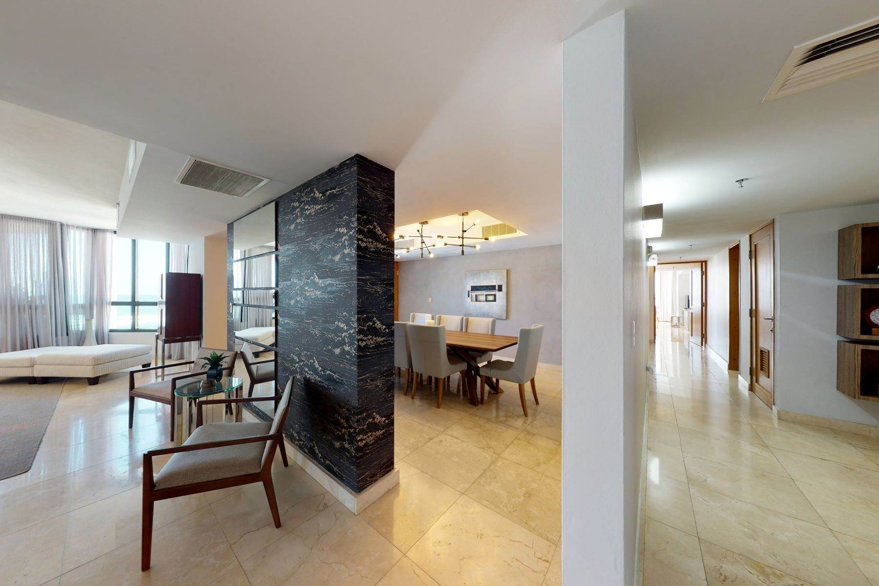 2. Condominiums for Sale at Exquisite Modern Residence in Caribe Plaza 35 Munoz Rivera Ave., Apt. 1202 San Juan, 00907 Puerto Rico