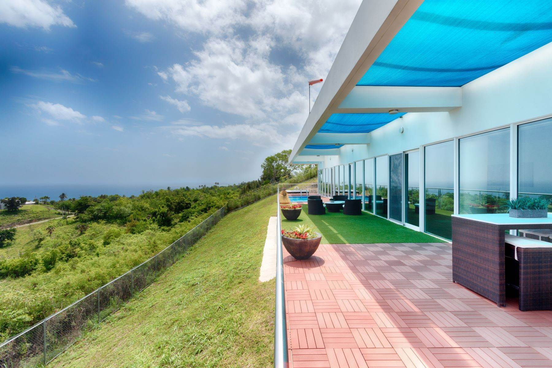 9. Single Family Homes for Sale at Self-Sustainable Luxury Home at Porta del Sol Calle San Jose Km 2.2 Quebradillas, 00678 Puerto Rico