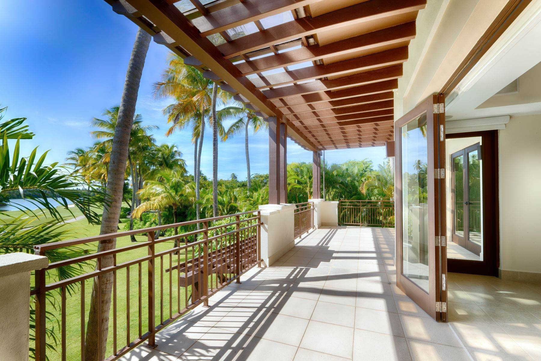 Condominiums voor Verkoop op Resort Living with Lake Views 10288 Las Verandas, State Rd. 187, Km 4.2 Bahia Beach, 00745 Puerto Rico