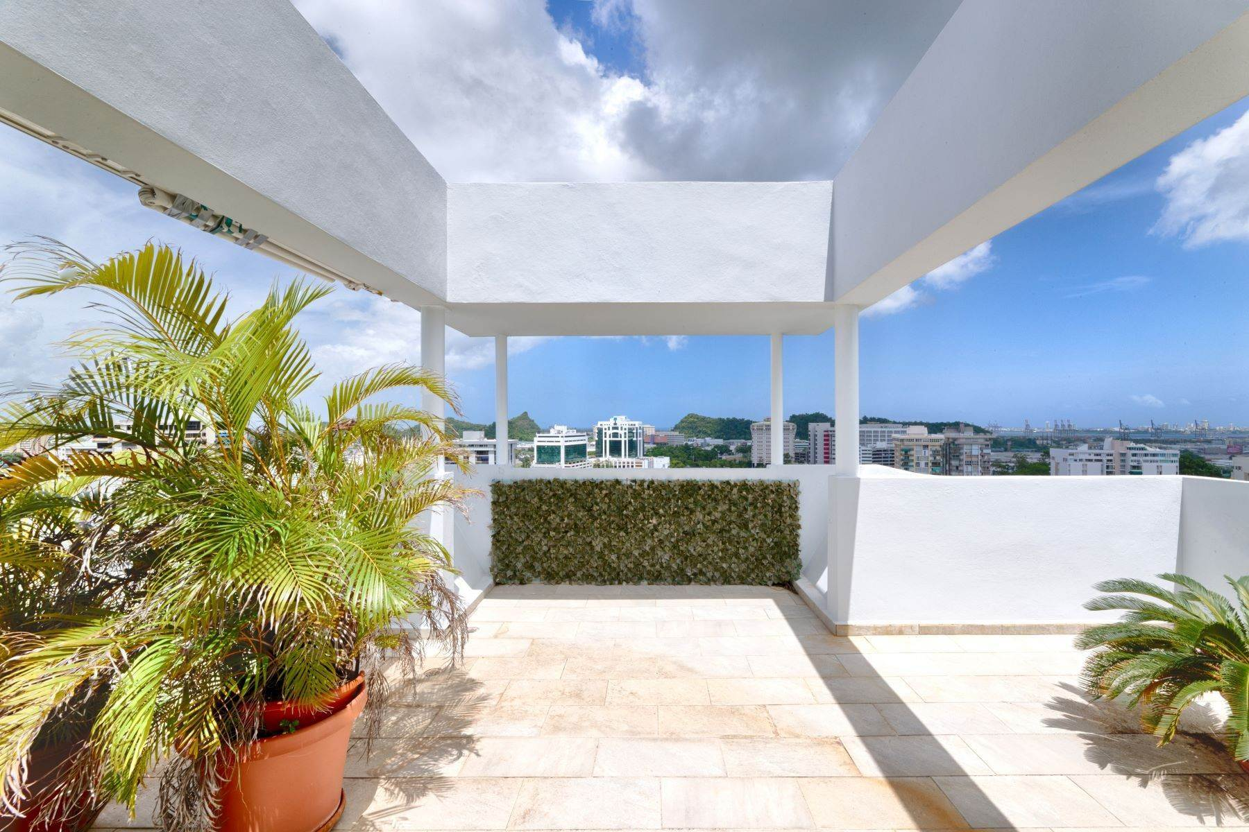23. Condominiums for Sale at Stunning Duplex PH with Scenic Views in Portofino 5 Palm Circle St., Apt. 16 PH-A Guaynabo, 00969 Puerto Rico