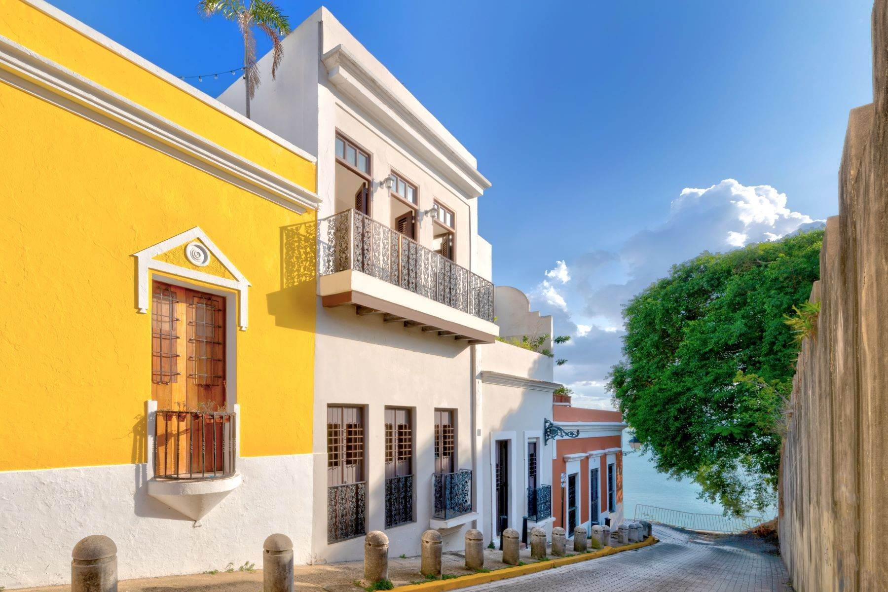 Single Family Homes for Sale at Splendid Old San Juan Living by the Bay 4 Sol St. Old San Juan, 00901 Puerto Rico