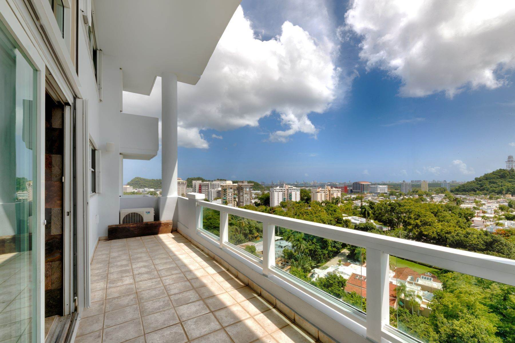 3. Condominiums for Sale at Stunning Duplex PH with Scenic Views in Portofino 5 Palm Circle St., Apt. 16 PH-A Guaynabo, 00969 Puerto Rico